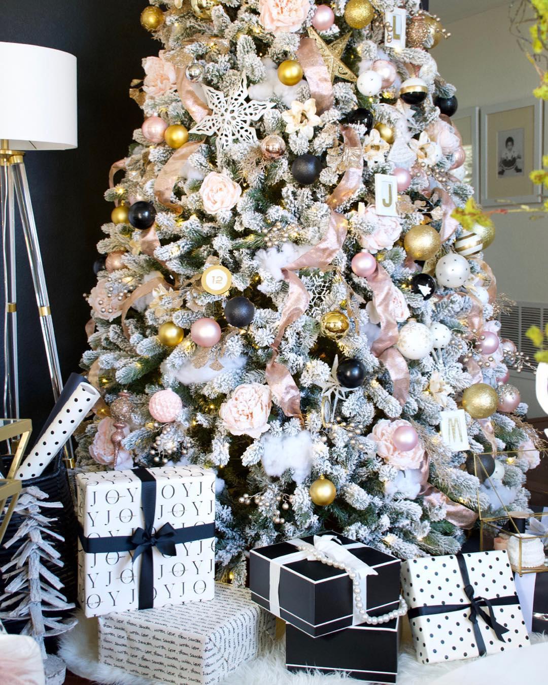 White, Pink & Black Christmas Tree | homeandfabulous