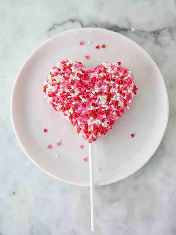 Valentine's Rice Krispie Treats   Foodie Crush