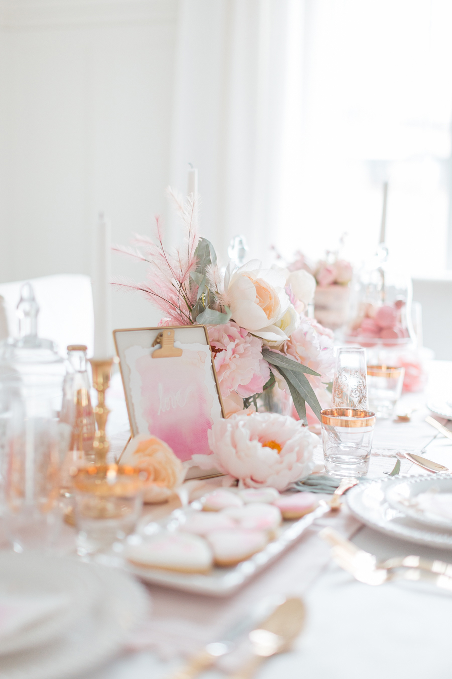 Elegant Valentine's Day Tablescape Ideas | Randi Garrett Designs