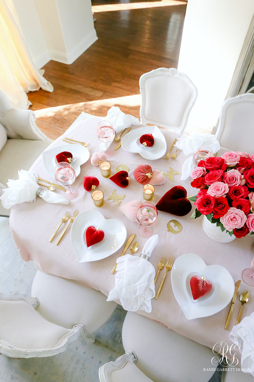 Elegant Valentine's Day Tablescape Ideas | Randi Garrett Designs