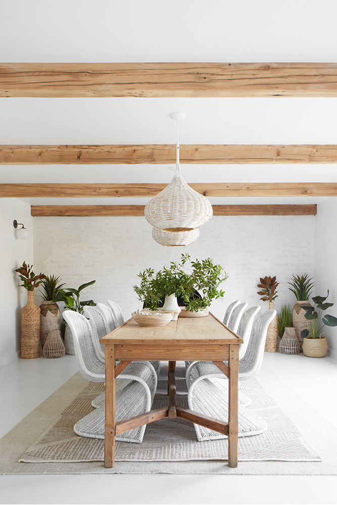 Modern Farmhouse Design | Dining Room by Leanne Ford