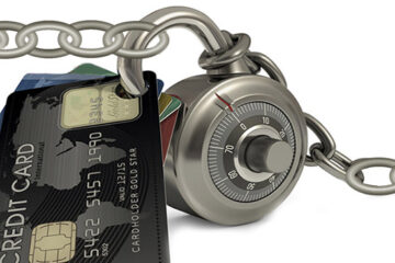 credit cards with lock and chain