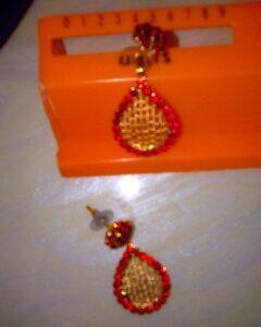 Red stones Earrings