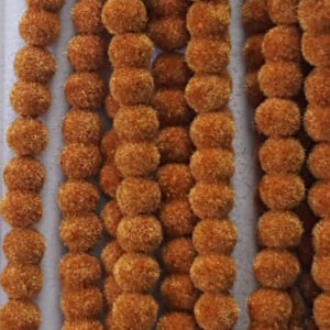 6 mm gold colour velvet beads