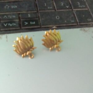 Antique gold lotus stud