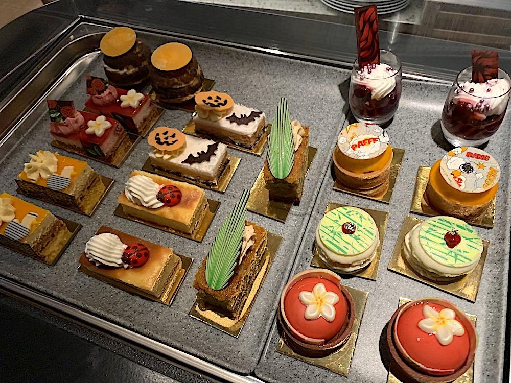 Desserts at Avista Madeira