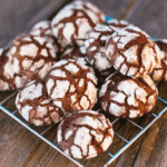 Easy Chocolate Crinkles Cookie Recipe
