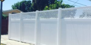Lattice Top Vinyl Fence
