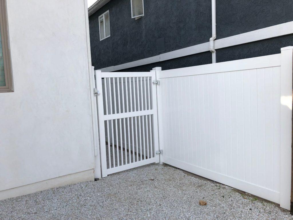 vinyl gate
