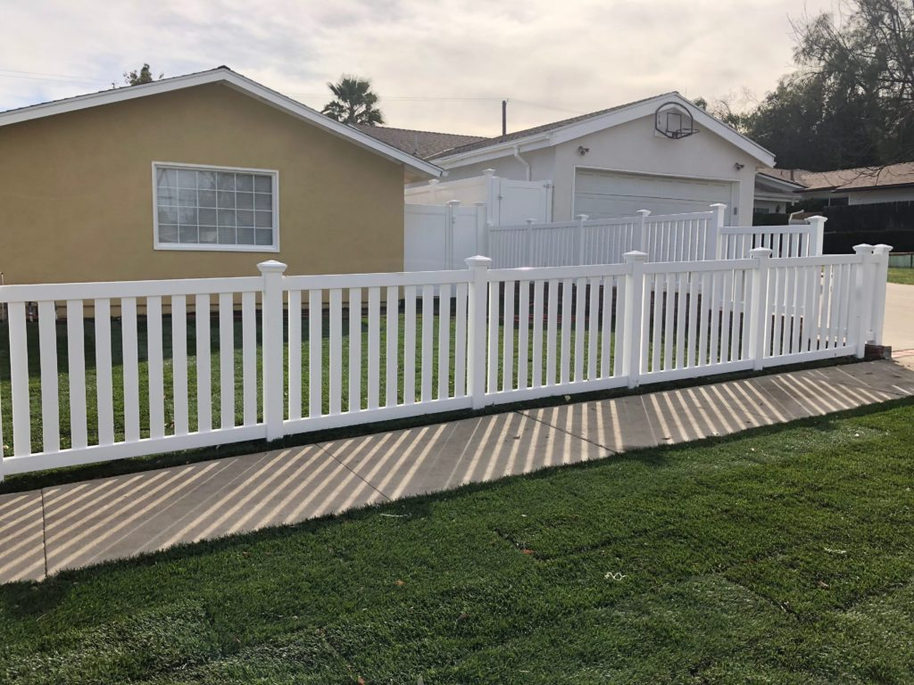 vinyl fencing in North Hollywood