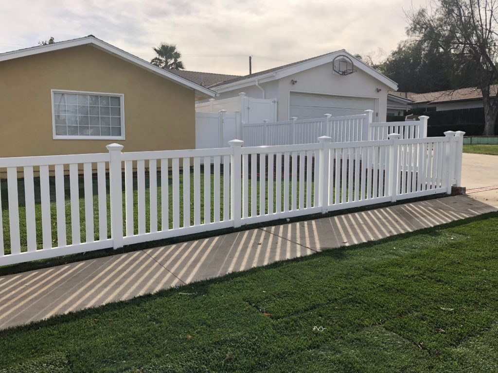 how to clean your white vinyl fencing