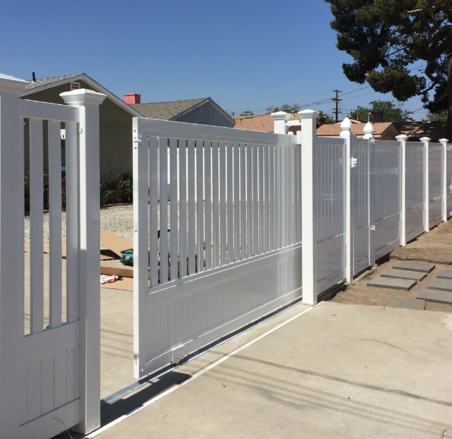 San-Gabriel-Valley-vinyl-fencing