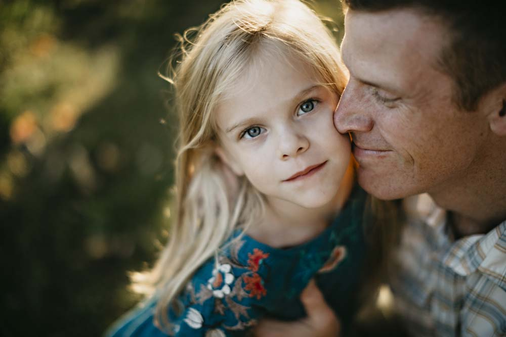 girl and dad