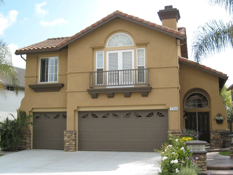 Garage Door Stone Bumpers Dictate Home and Accent Colors