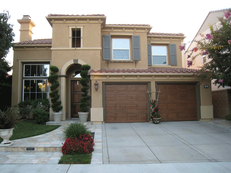 Traditional Two Story with Color Dictated by Roof Color