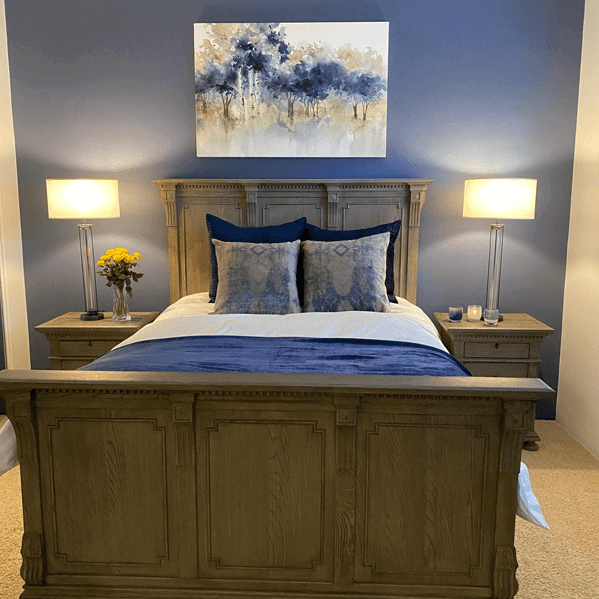 Bedroom Magic matching accent wall to painting