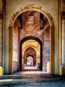 Ferrara Grand Entrance