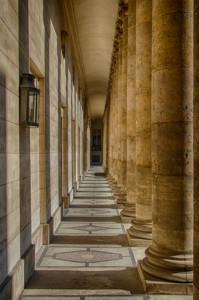 081-portico-in-paris