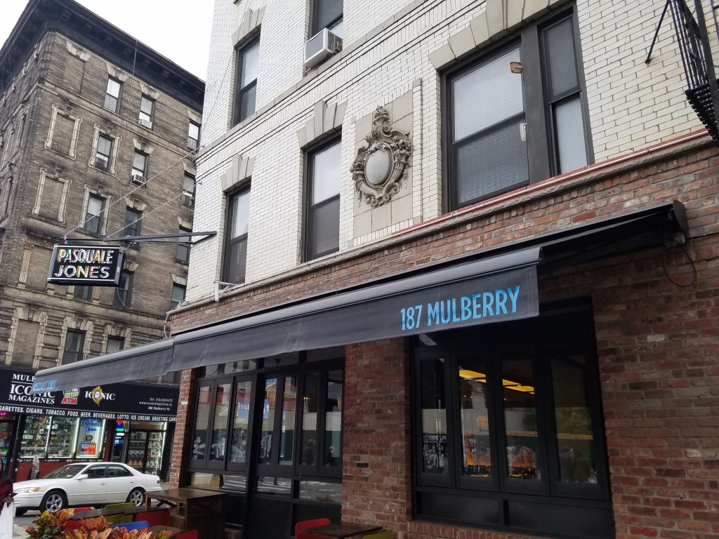retractable awning for nyc business