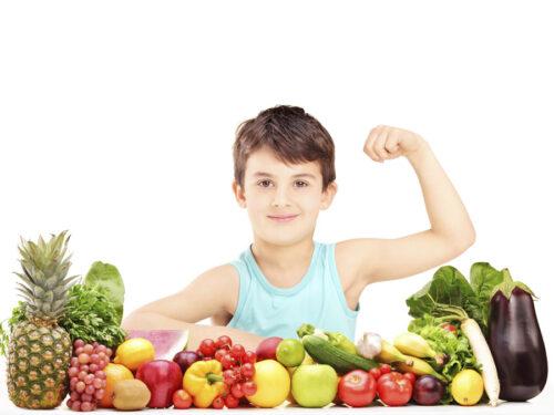 Refuerza el sistema inmunológico de tus hijos con una buena alimentación