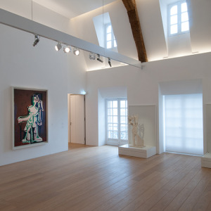 201410-hd-picasso-museum-interior-painting