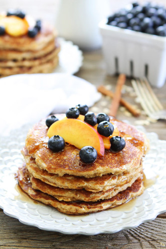 cinnamonj oatmeal pancakes