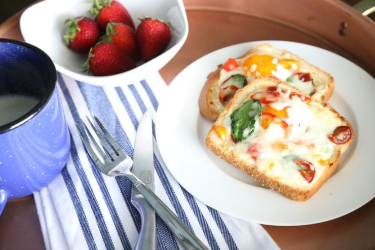 Omelette Style Egg Baked Toast