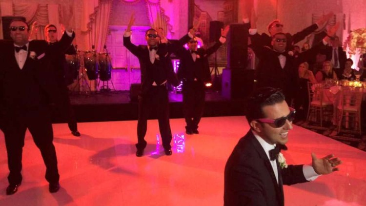 A Groom And His Groomsmen Pull Off An Awesome Surprise With Their Epic Choreographed Dance