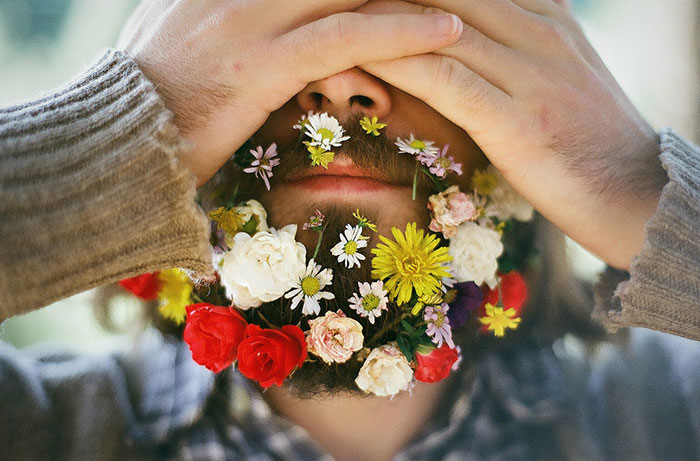 A New Boho Chic Style For Men: Flowers In Beards.