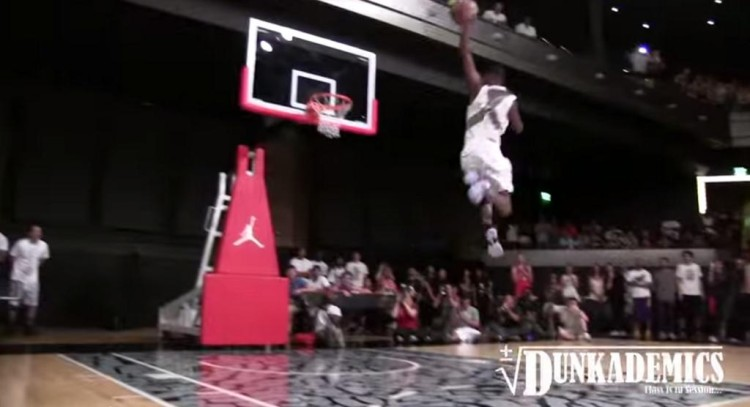 The High-Schooler Who Can Dunk Better Than Anyone You've Ever Seen.