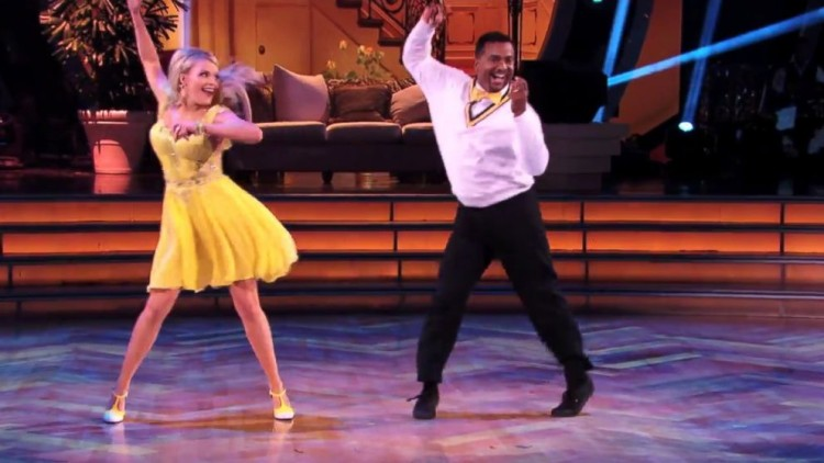 It's The Moment Every Fresh Prince Of Bel-Air Fan Has Been Waiting For: Alfonso Ribeiro (AKA Carlton Banks) Performed The Carlton On Dancing With The Stars!