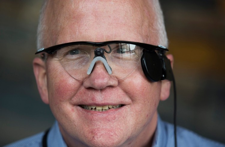 Blind Man Sees For The First Time In 30 Years With These Incredible Bionic Eyes