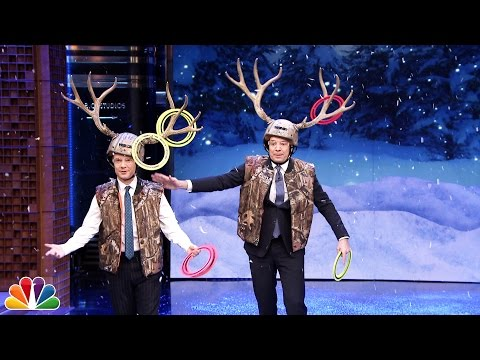 Jimmy Fallon And Martin Freeman Play A Hilarious Game Of Antler Ring Toss