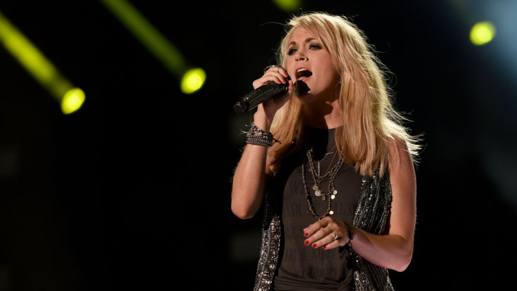 """Carrie Underwood FLAWLESSLY Covers Wiz Khalifa's """"See You Again"""""""
