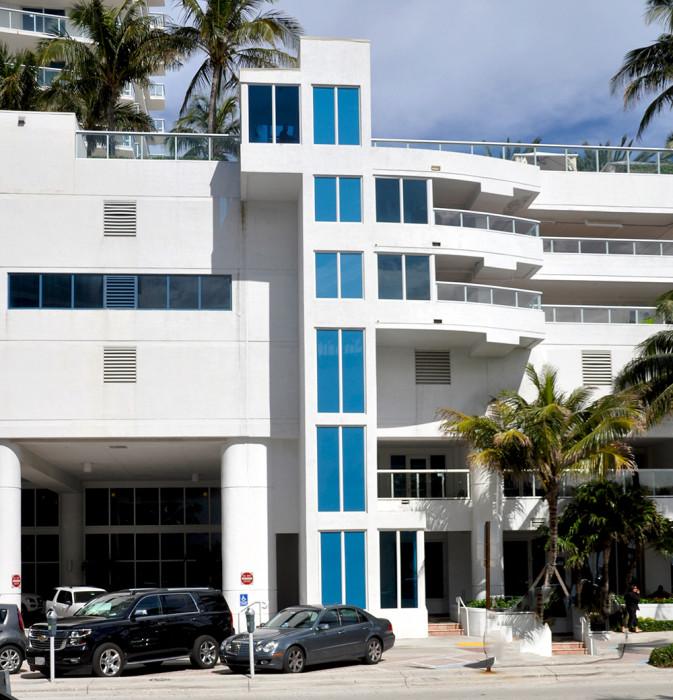 HiltonElevator (3)