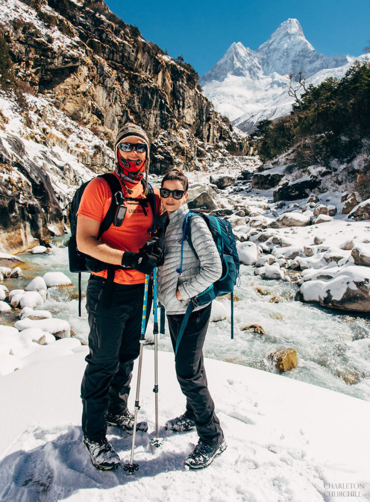 Couple Gets Married On Mount Everest After Trekking For 3 Weeks, And Their Wedding Photos Are Epic 35