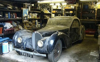 Eccentric Uncle Leaves Family Old Garage In Will. When They Open The Door Their Jaws Drop 3