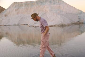 Video: Mat Kearney - Powerless; Announces January Flower Album