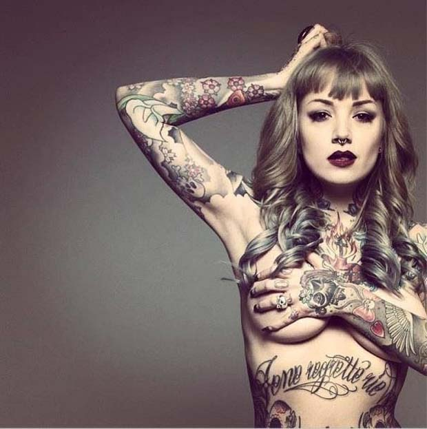 models-with-tattoos (17)