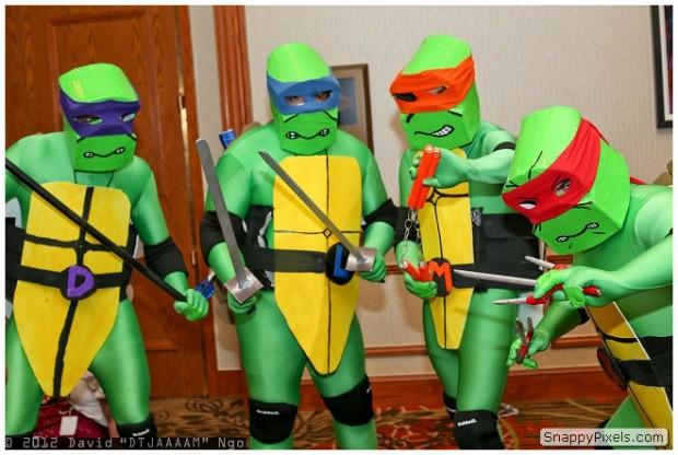 bad-cosplay-costume-fails-9