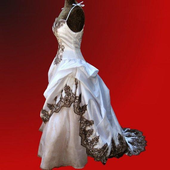 brown-lace-dress