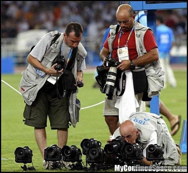 crazy-dangerous-photographers-20
