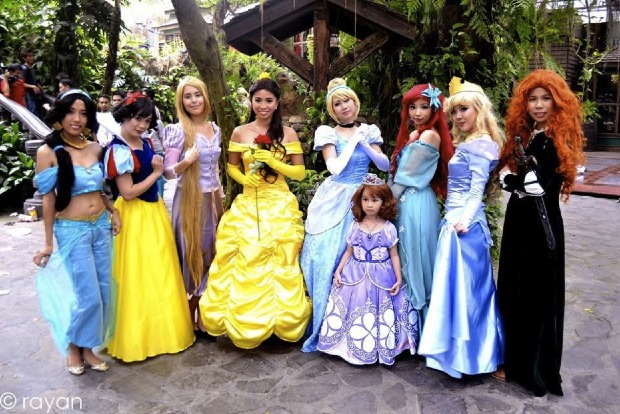 disney_princesses_by_carencosplay-d6k171x-picture