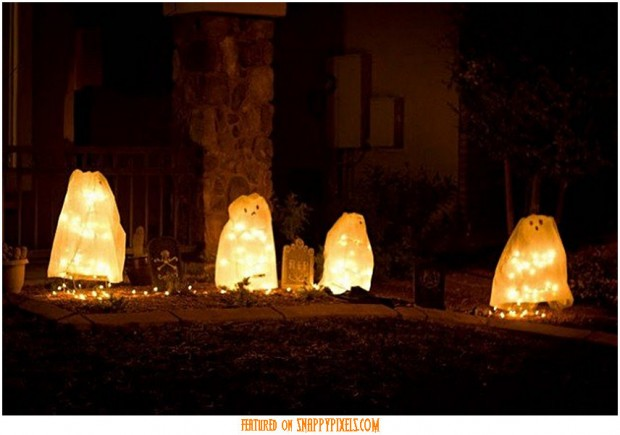 diy-scary-halloween-decorations-outside-11