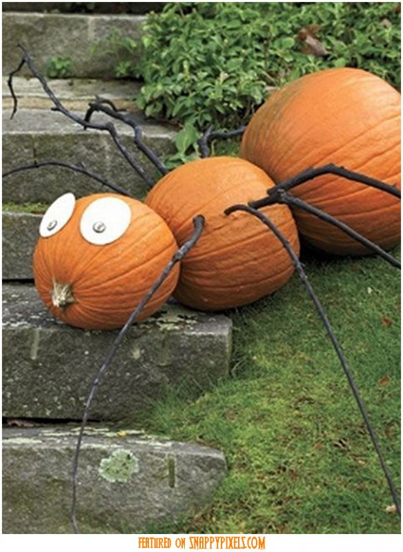 diy-scary-halloween-decorations-outside-23