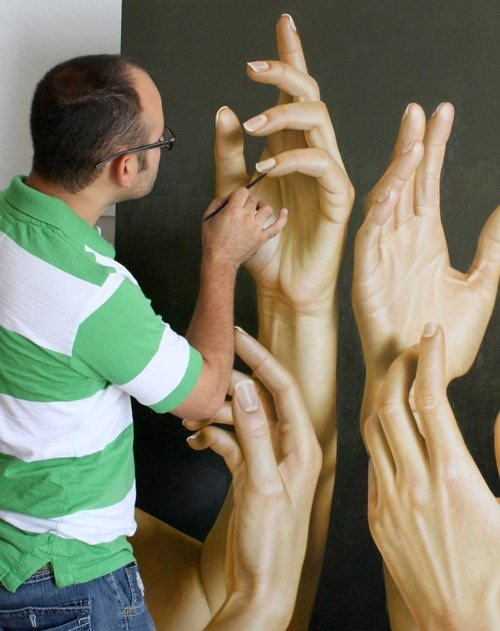hyper-realistic-paintings-by-Omar-Ortiz-15