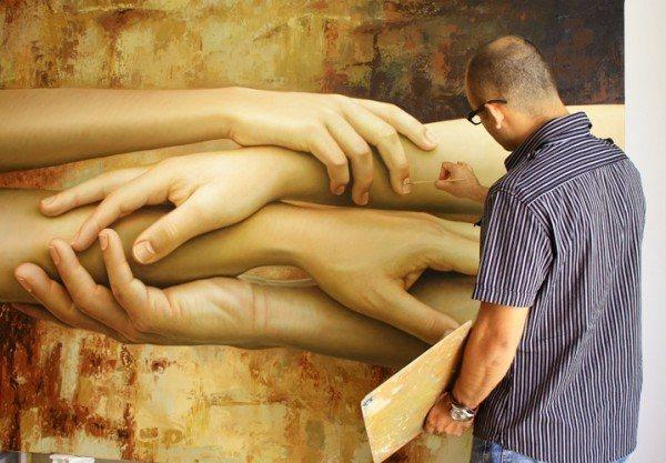 hyper-realistic-paintings-by-Omar-Ortiz-37