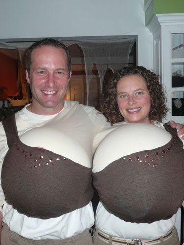 creative-halloween-costumes-made-for-couples-12