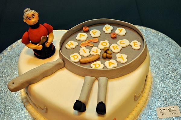 funny-cakes-celebrating-divorce-13
