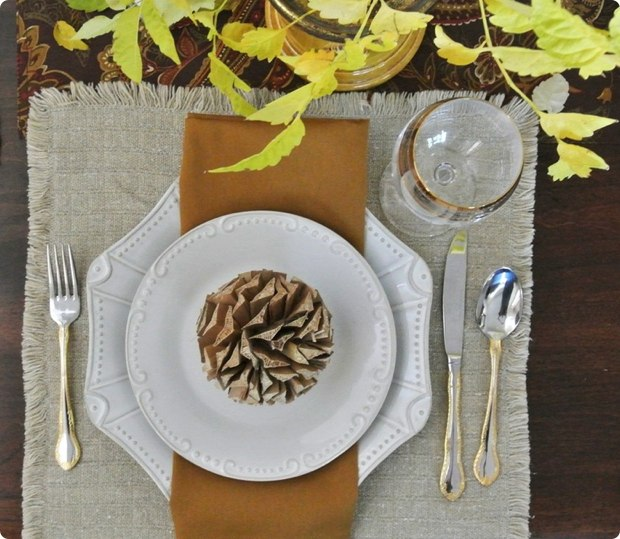 creative-thanksgiving-place-settings-table-12